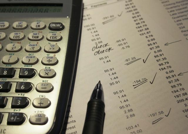 Berapa gaji staff operator produksi